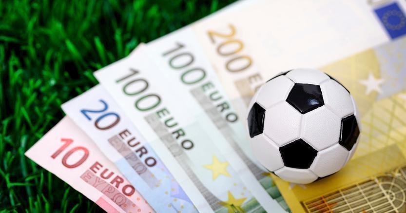 """Ziliani:""""Il calcio ha le pezze al culo,sarà corsa a vendere"""""""