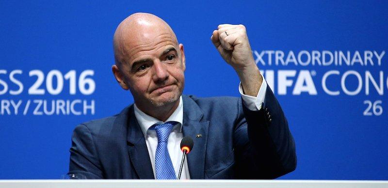 La FIFA studia un piano Marshall per salvare il calcio
