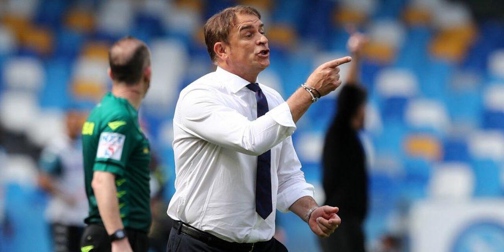 Anche il Cagliari esonera il suo allenatore